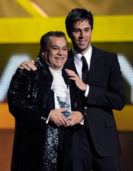 Latin GRAMMY Awards - Juan Gabriel and Enrique Iglesias